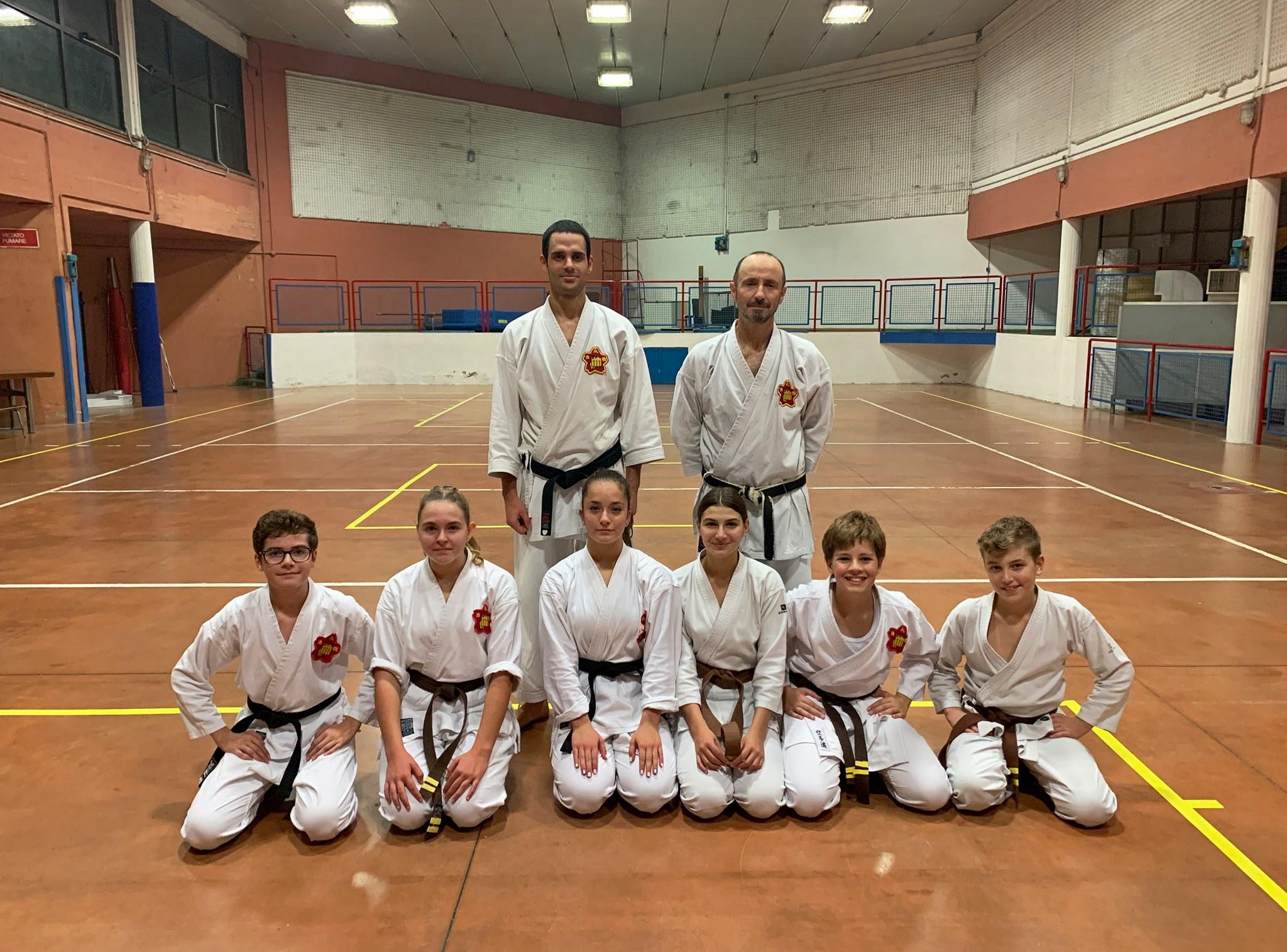 """Foto dei partecipanti alla sfida del """"100 Kata for Karate Day"""""""